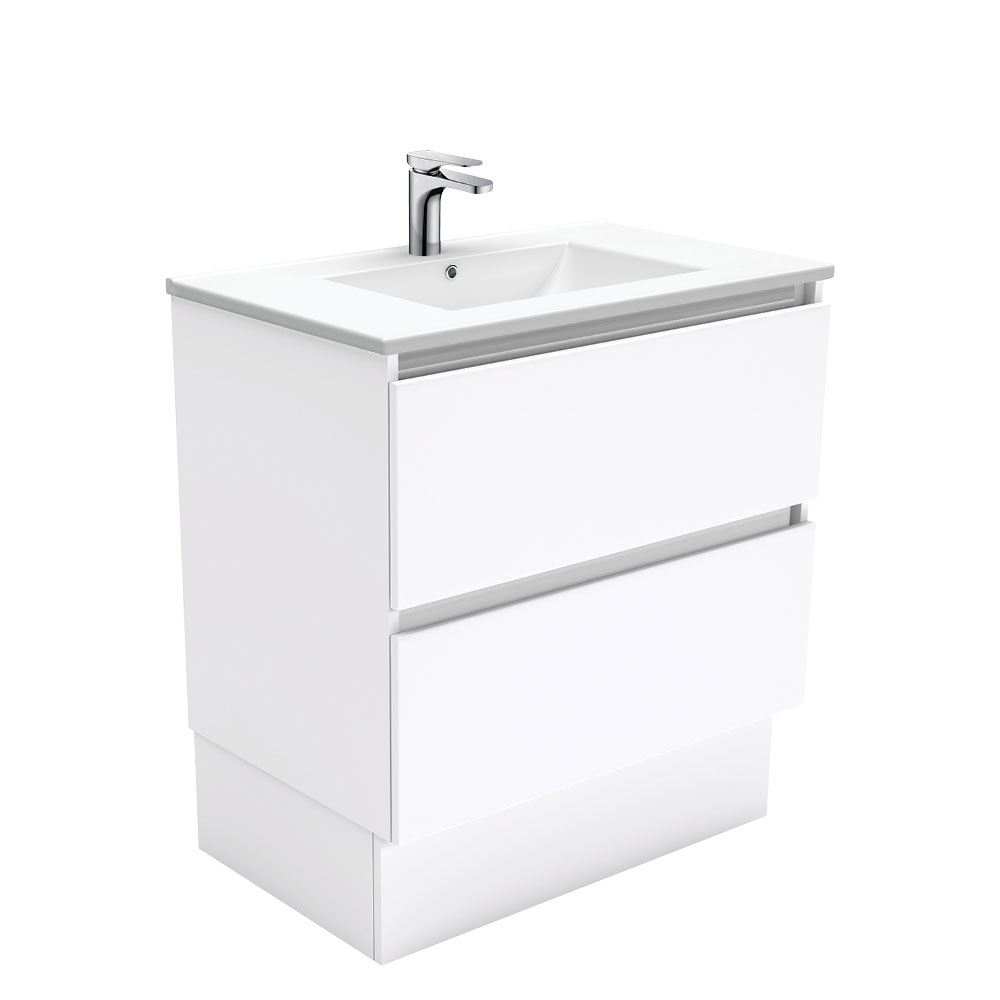 Dolce Quest 750 Vanity on Kickboard