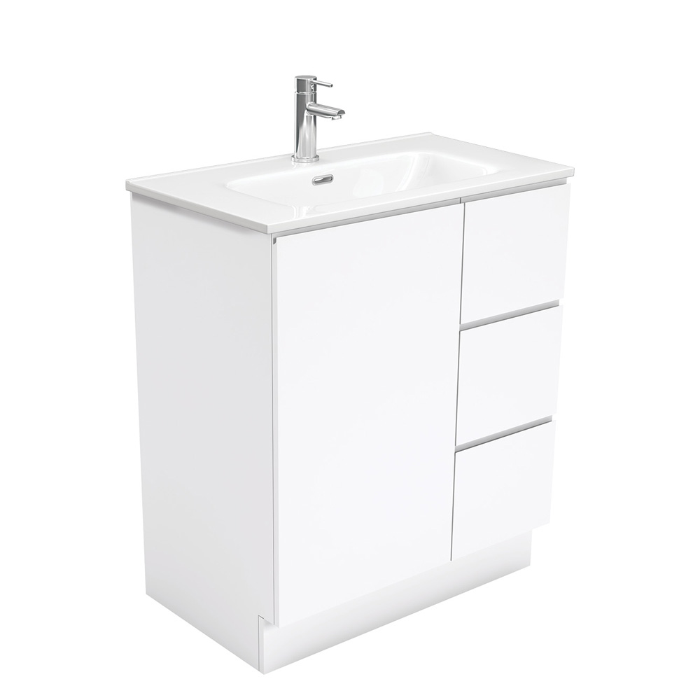 Joli Fingerpull Gloss White 750 Vanity on Kickboard