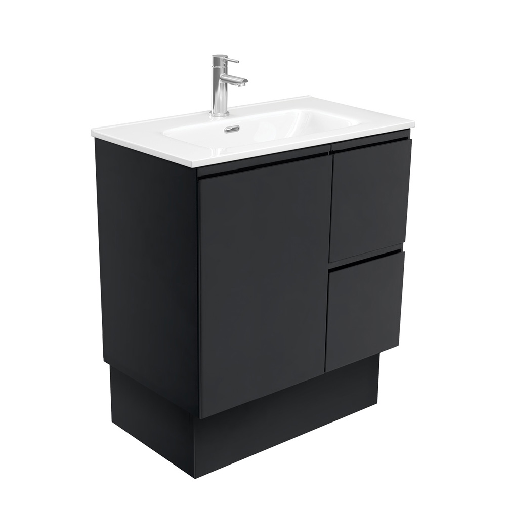Joli Fingerpull Matte Black 750 Vanity on Kickboard