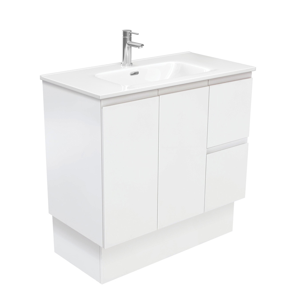 Joli Fingerpull Matte White 900 Vanity on Kickboard