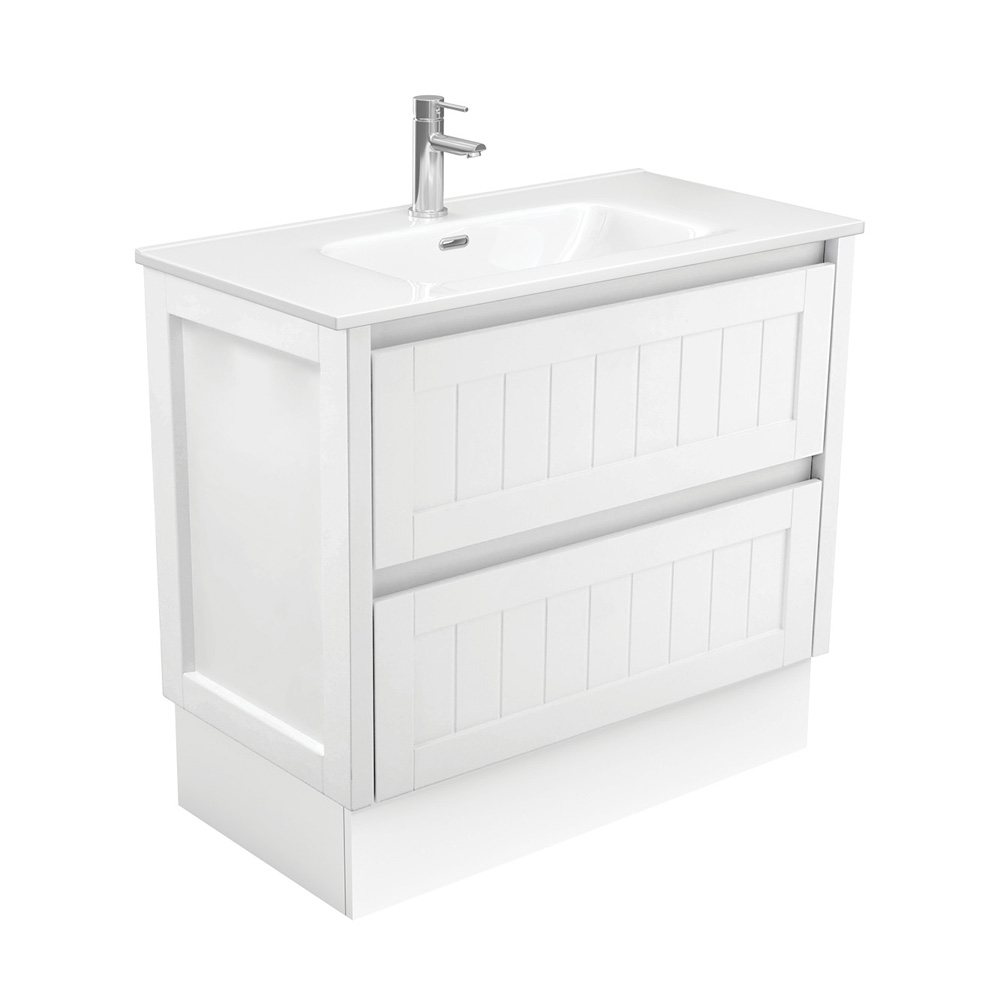Joli Hampton 900 Vanity on Kickboard