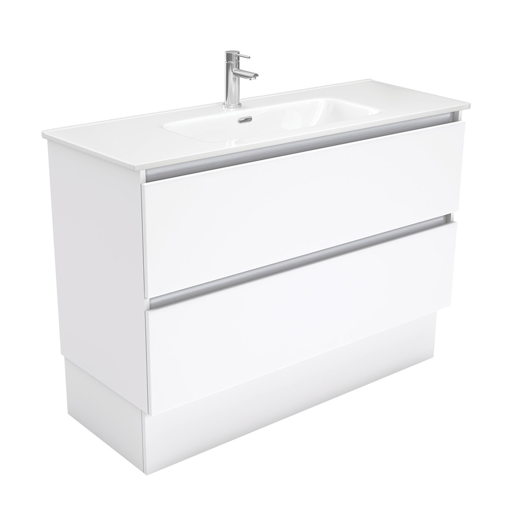 Joli Quest 1200 Vanity on Kickboard