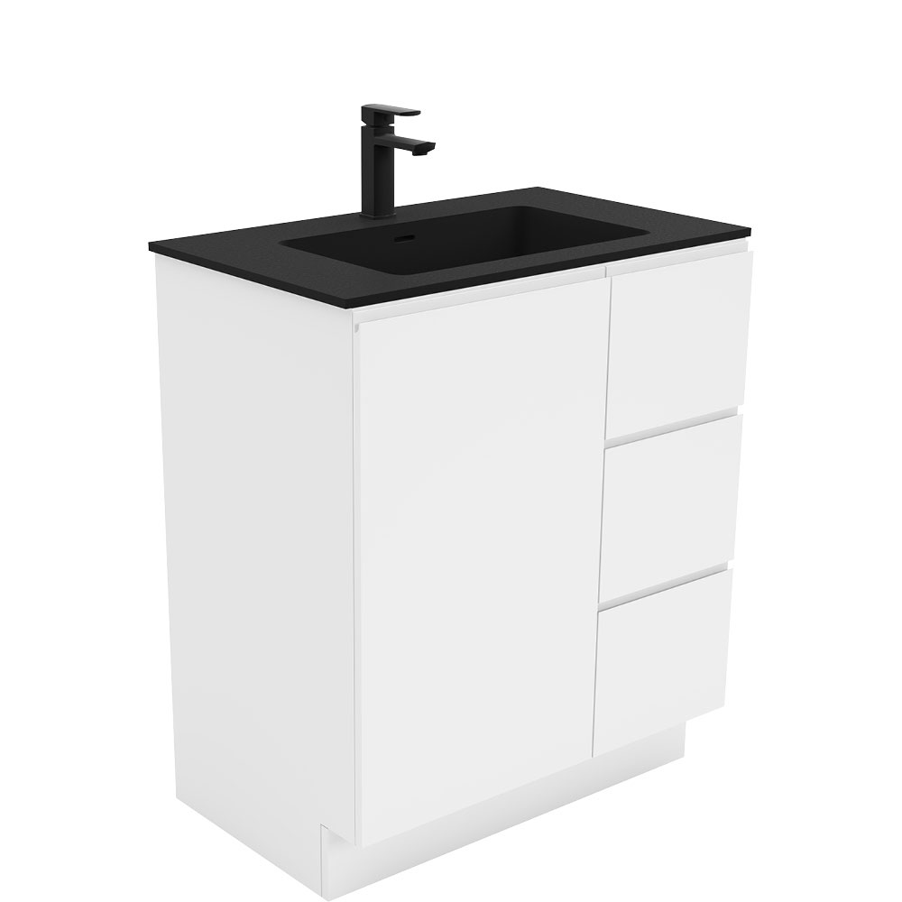 Montana Fingerpull Gloss White 750 Vanity on Kickboard