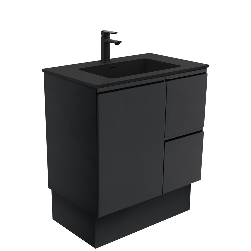Montana Fingerpull Matte Black 750 Vanity on Kickboard