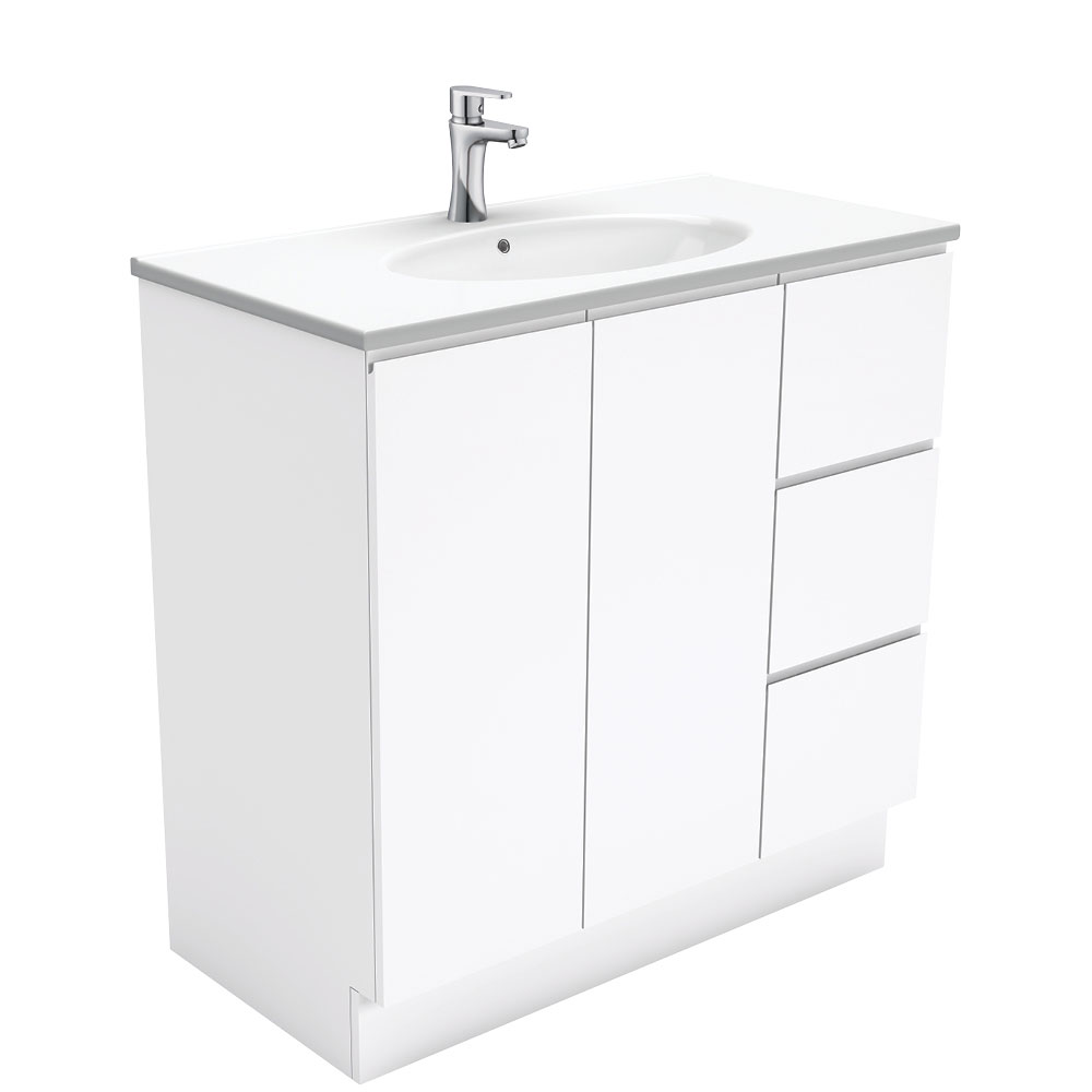 Rotondo Fingerpull Gloss White 900 Vanity on Kickboard