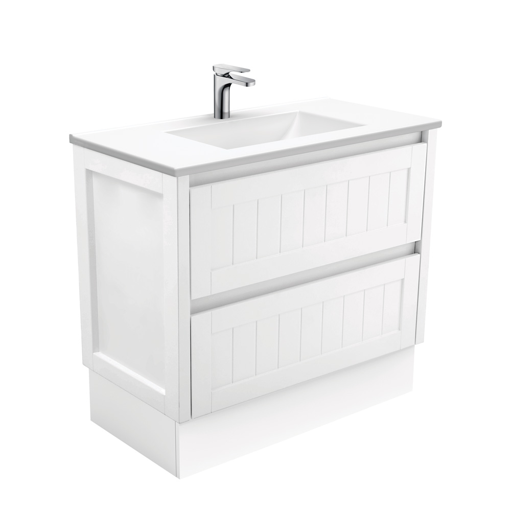 Vanessa Hampton 900 Vanity on Kickboard